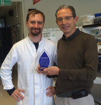 Kamoun Lab posing with Blue Flame Award
